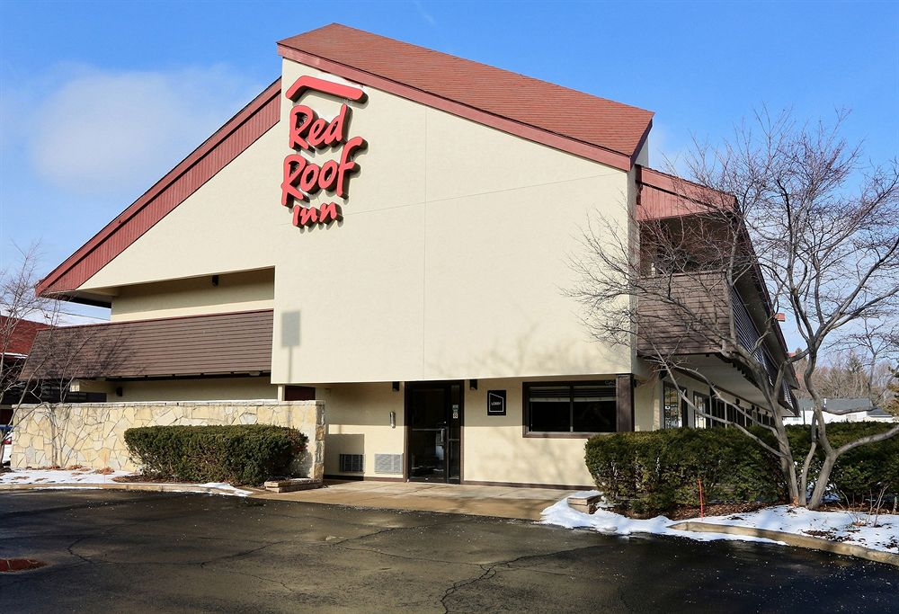 red roof inn.jpg